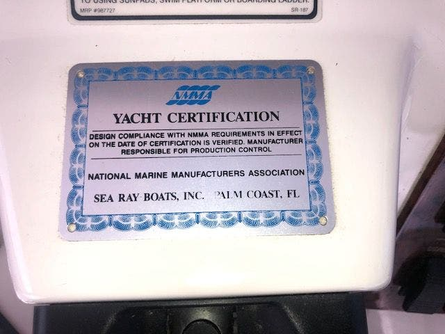 2001 Sea Ray boat for sale, model of the boat is 480SEDANBRIDGE & Image # 17 of 55