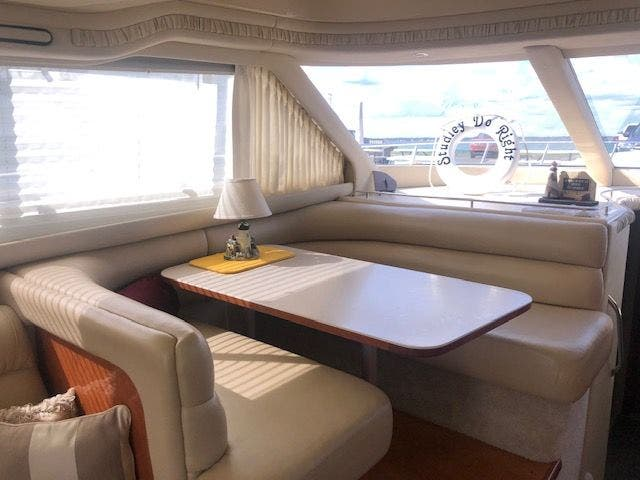 2001 Sea Ray boat for sale, model of the boat is 480SEDANBRIDGE & Image # 22 of 55