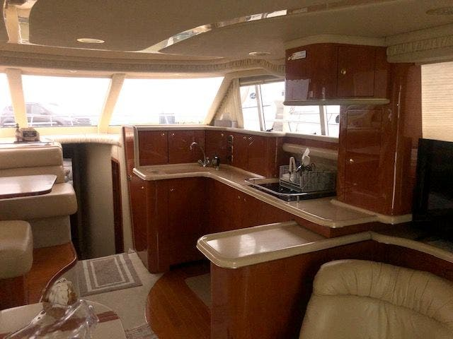 2001 Sea Ray boat for sale, model of the boat is 480SEDANBRIDGE & Image # 26 of 55