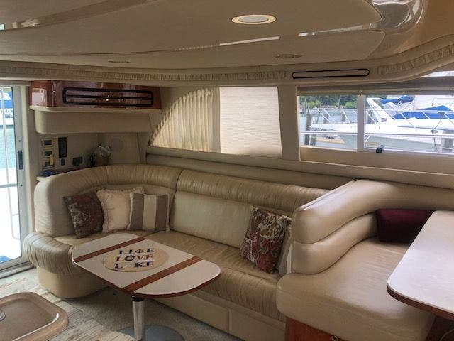2001 Sea Ray boat for sale, model of the boat is 480SEDANBRIDGE & Image # 29 of 55