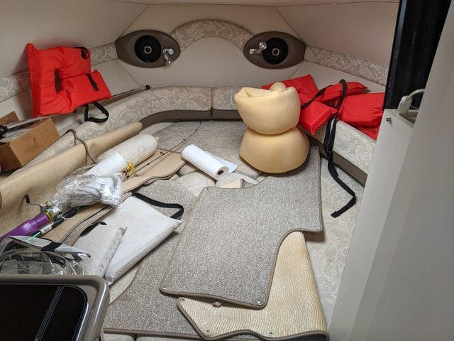 2002 Glastron boat for sale, model of the boat is 279 GS & Image # 14 of 25