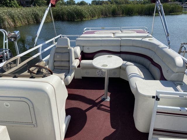 2002 JC boat for sale, model of the boat is 24 SUNTOON & Image # 3 of 8