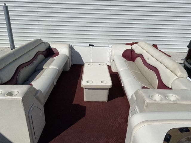 2002 JC boat for sale, model of the boat is 24 SUNTOON & Image # 4 of 8