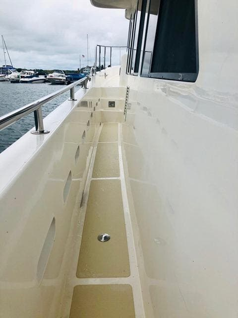 2002 Ocean Alexander boat for sale, model of the boat is 426 & Image # 12 of 49