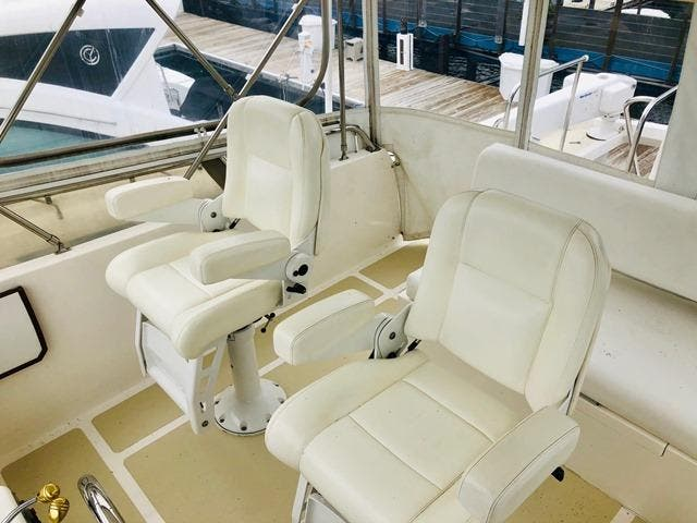 2002 Ocean Alexander boat for sale, model of the boat is 426 & Image # 18 of 49
