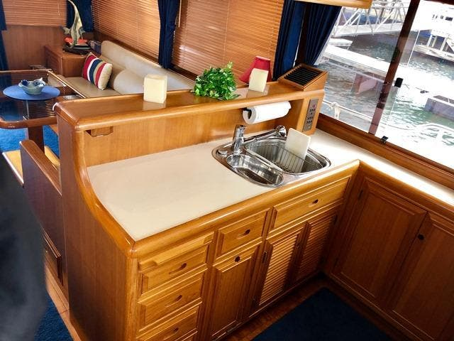 2002 Ocean Alexander boat for sale, model of the boat is 426 & Image # 29 of 49