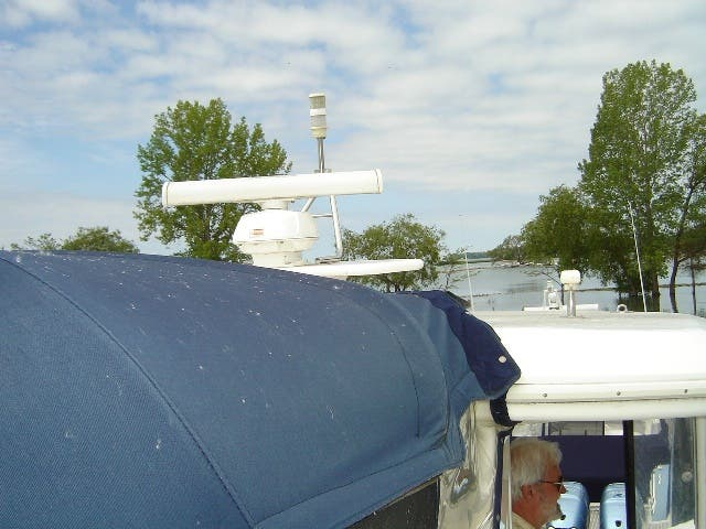 2003 Cruisers Yachts boat for sale, model of the boat is 4050 & Image # 7 of 46