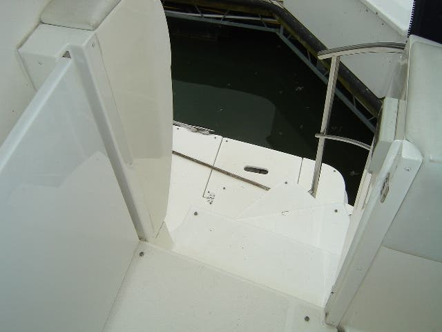 2003 Cruisers Yachts boat for sale, model of the boat is 4050 & Image # 10 of 46