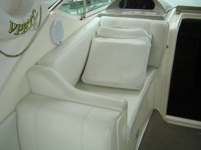 2003 Cruisers Yachts boat for sale, model of the boat is 4050 & Image # 14 of 46
