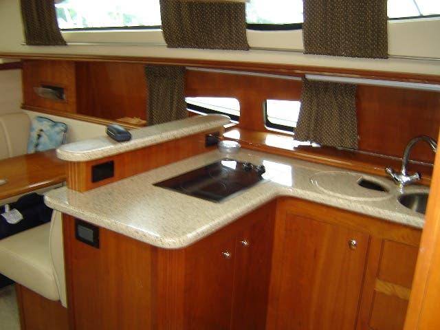 2003 Cruisers Yachts boat for sale, model of the boat is 4050 & Image # 22 of 46