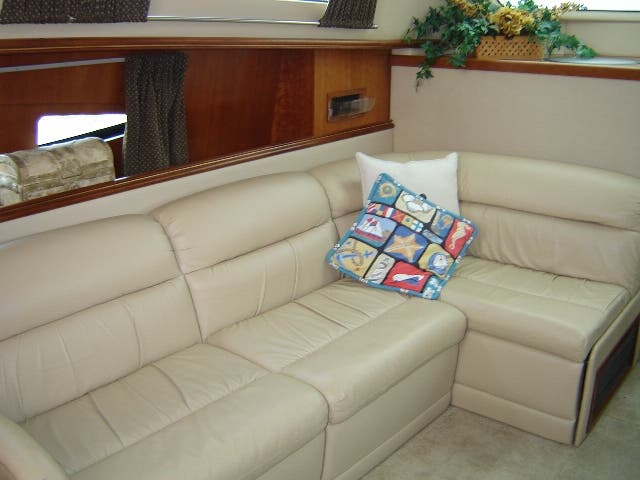 2003 Cruisers Yachts boat for sale, model of the boat is 4050 & Image # 26 of 46