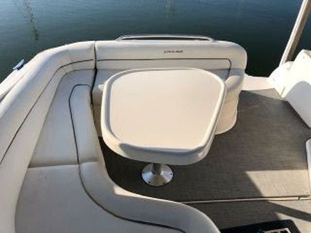 2003 Four Winns boat for sale, model of the boat is EXCALIBUR 3700 & Image # 3 of 13