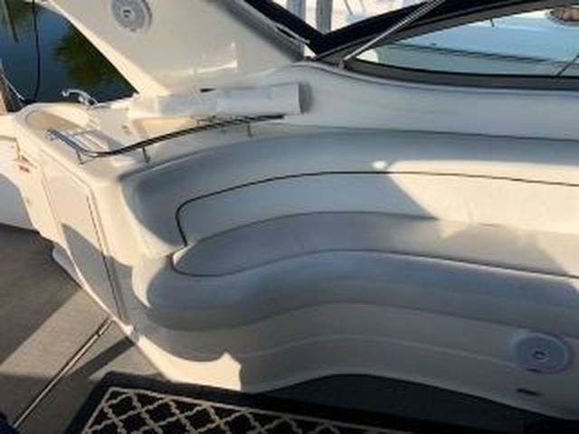 2003 Four Winns boat for sale, model of the boat is EXCALIBUR 3700 & Image # 5 of 13