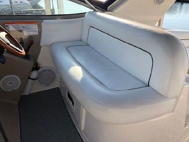 2003 Four Winns boat for sale, model of the boat is EXCALIBUR 3700 & Image # 7 of 13