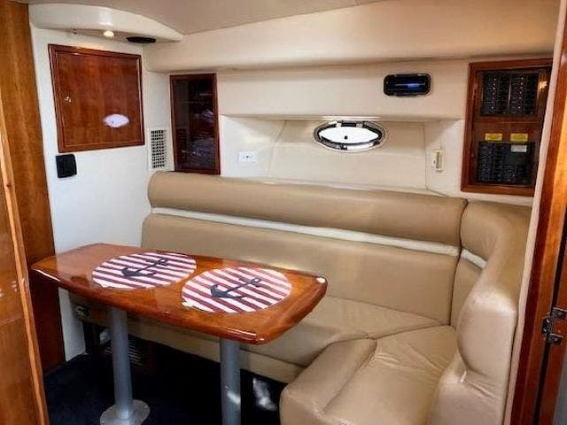 2003 Four Winns boat for sale, model of the boat is EXCALIBUR 3700 & Image # 10 of 13