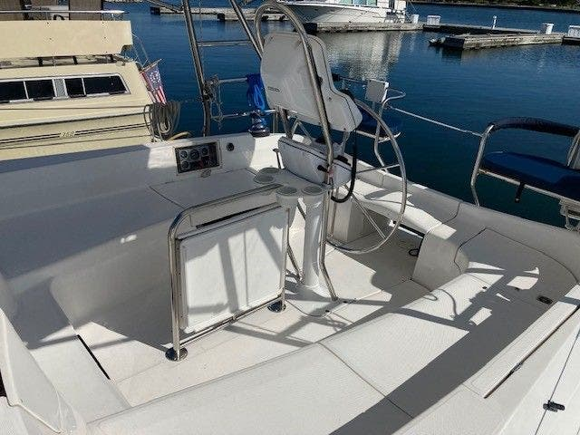 2003 Hunter boat for sale, model of the boat is 44 & Image # 7 of 30