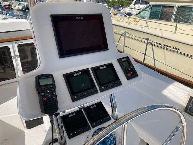 2003 Hunter boat for sale, model of the boat is 44 & Image # 10 of 30