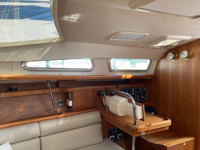 2003 Hunter boat for sale, model of the boat is 44 & Image # 21 of 30