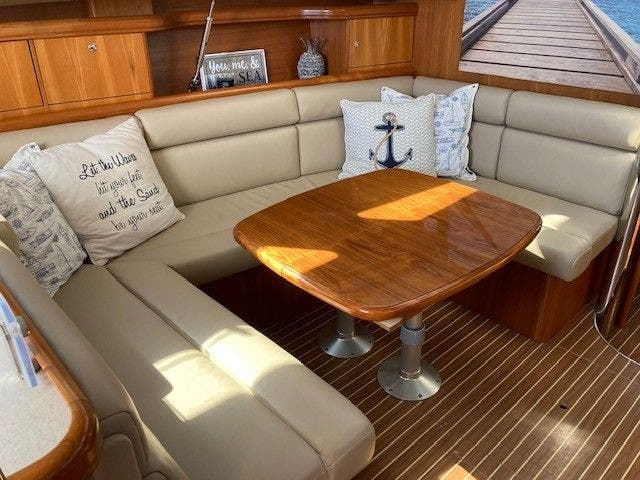 2003 Hunter boat for sale, model of the boat is 44 & Image # 23 of 30