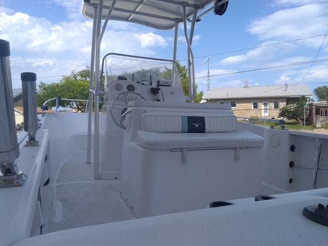 2003 Pro-Line boat for sale, model of the boat is 20 PLC & Image # 12 of 17