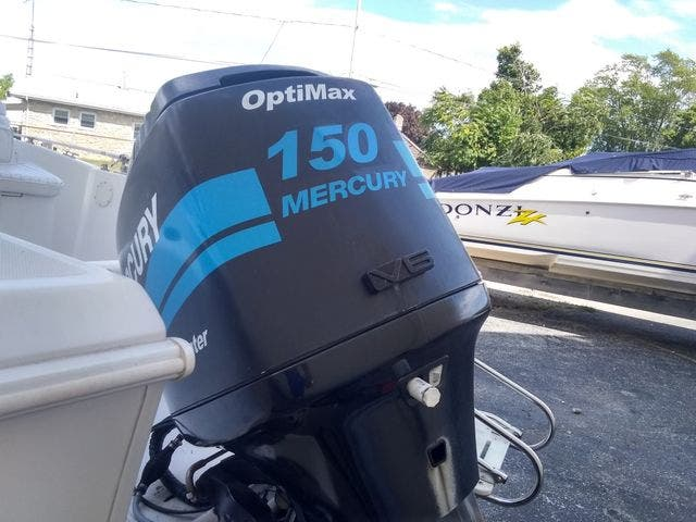 2003 Pro-Line boat for sale, model of the boat is 20 PLC & Image # 15 of 17