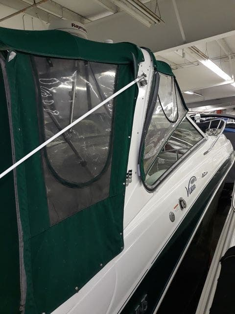 2004 Four Winns boat for sale, model of the boat is 288VISTA & Image # 5 of 27