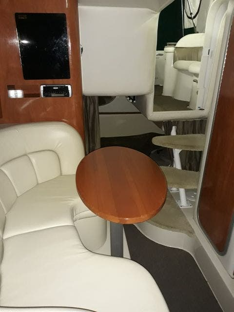 2004 Four Winns boat for sale, model of the boat is 288VISTA & Image # 23 of 27