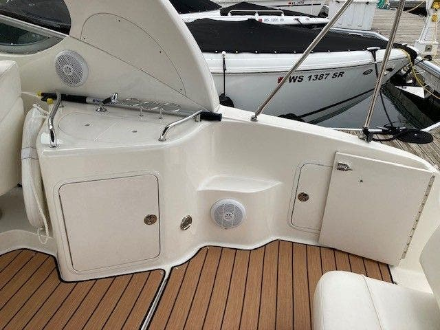 2004 Sea Ray boat for sale, model of the boat is 280 SUNDANCER & Image # 4 of 16