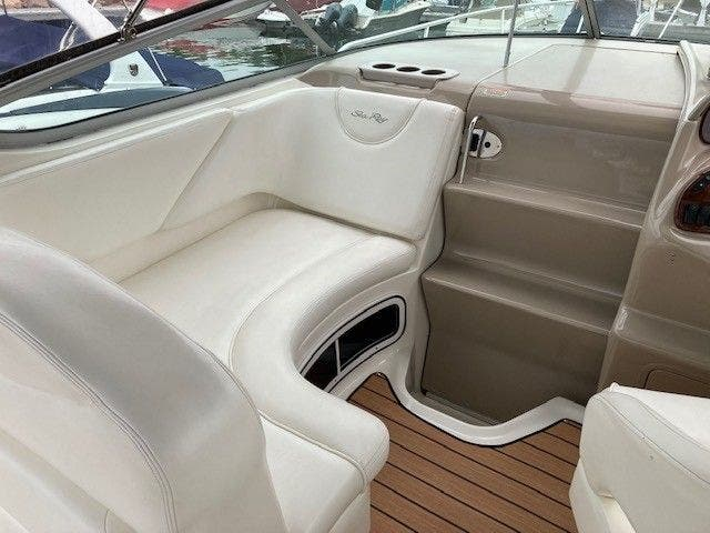2004 Sea Ray boat for sale, model of the boat is 280 SUNDANCER & Image # 5 of 16