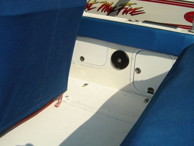 2004 Sonic boat for sale, model of the boat is 31CENTERCONSOLE & Image # 11 of 43