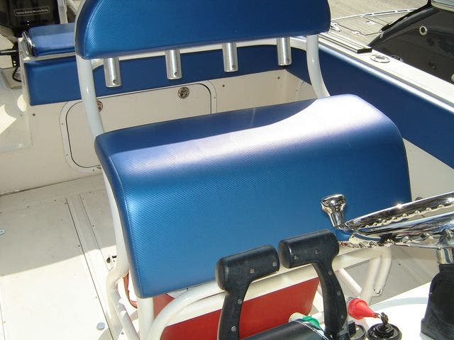 2004 Sonic boat for sale, model of the boat is 31CENTERCONSOLE & Image # 13 of 43