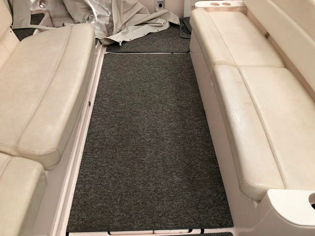 2004 Tiara Yachts boat for sale, model of the boat is 4400 SOVRAN & Image # 80 of 95