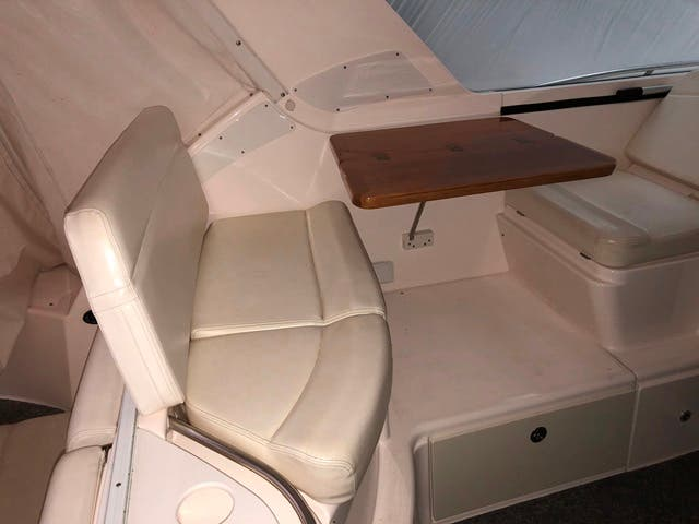 2004 Tiara Yachts boat for sale, model of the boat is 4400 SOVRAN & Image # 91 of 95