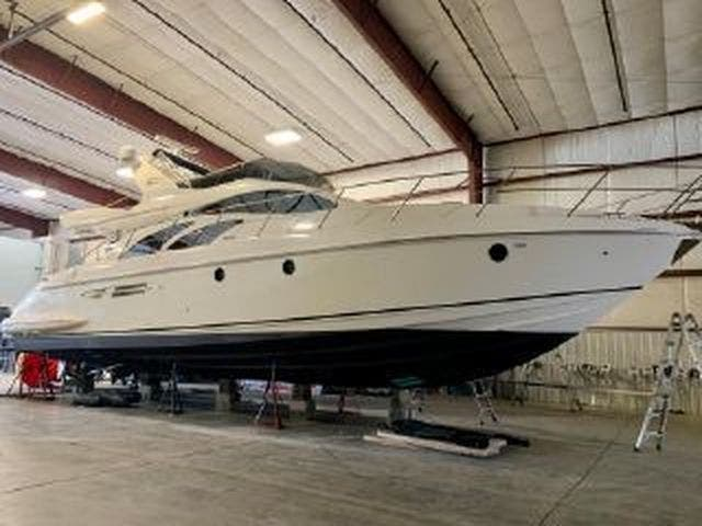 2005 Azimut boat for sale, model of the boat is 50FLY & Image # 5 of 17
