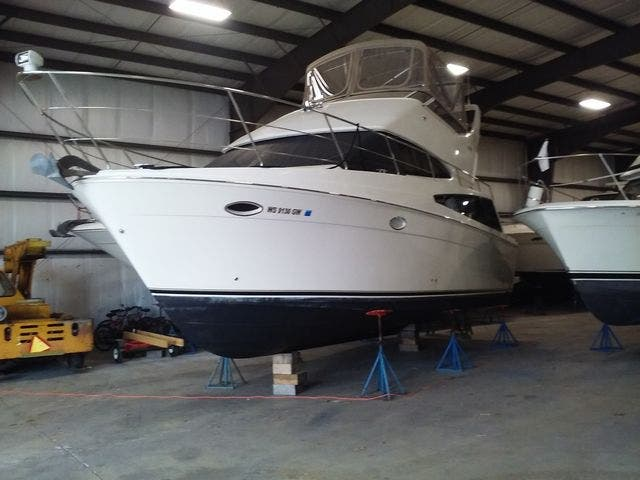 2005 Carver boat for sale, model of the boat is 33SS & Image # 5 of 44