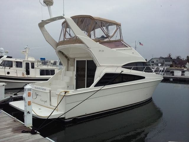 2005 Carver boat for sale, model of the boat is 33SS & Image # 33 of 44