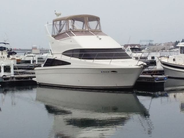 2005 Carver boat for sale, model of the boat is 33SS & Image # 37 of 44