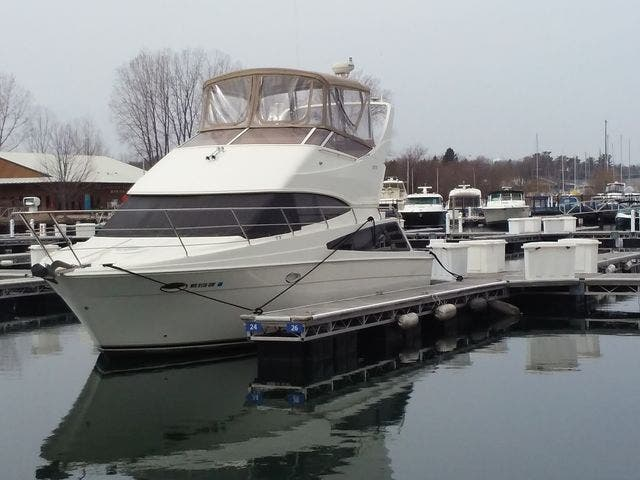 2005 Carver boat for sale, model of the boat is 33SS & Image # 39 of 44