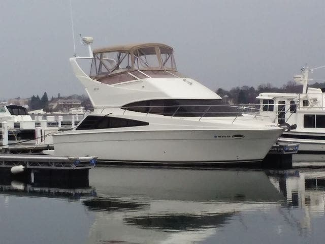 2005 Carver boat for sale, model of the boat is 33SS & Image # 40 of 44