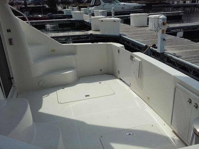 2005 Carver boat for sale, model of the boat is 33SS & Image # 42 of 44