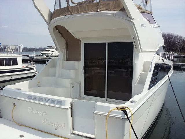 2005 Carver boat for sale, model of the boat is 33SS & Image # 43 of 44