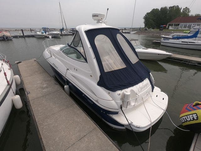 2005 Cruisers Yachts boat for sale, model of the boat is 300EXPRESS & Image # 24 of 25