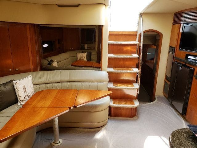 2005 Cruisers Yachts boat for sale, model of the boat is 520 EXP CRUISER & Image # 22 of 42