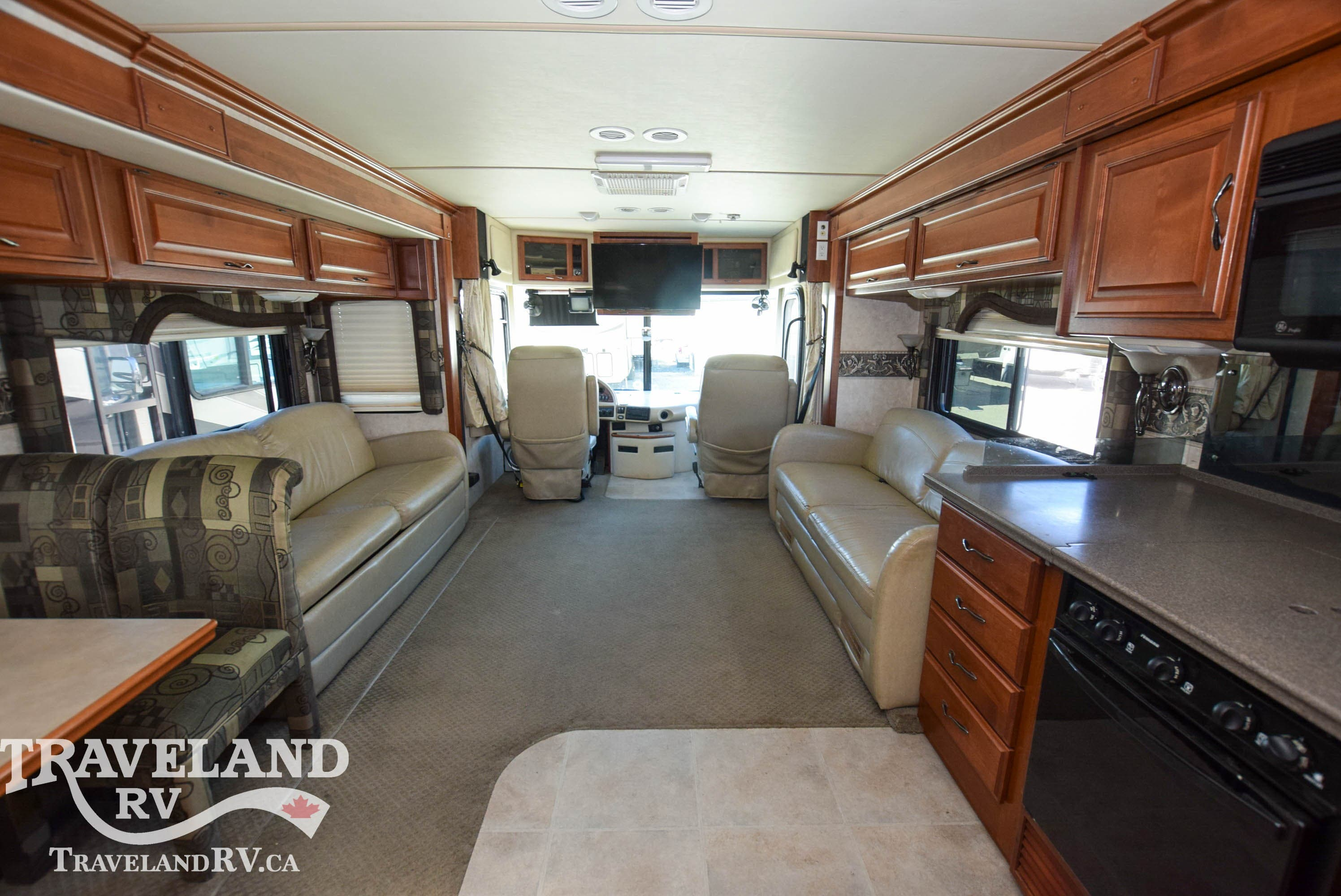 2005 Fleetwood Discovery 39S Thumbnail