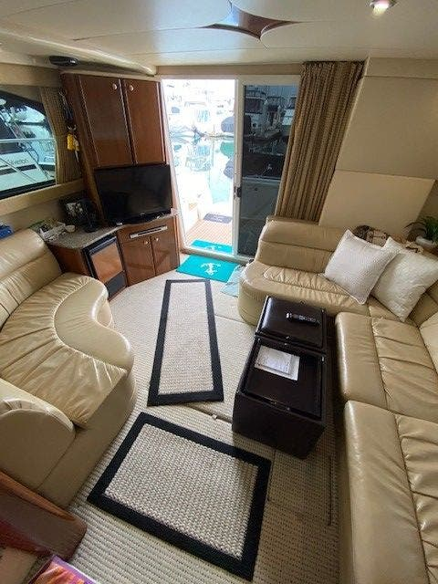 2005 Meridian boat for sale, model of the boat is 411 SEDAN & Image # 3 of 9