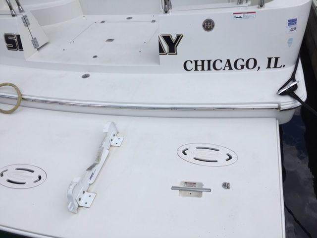 2006 Carver boat for sale, model of the boat is 43MY & Image # 8 of 35
