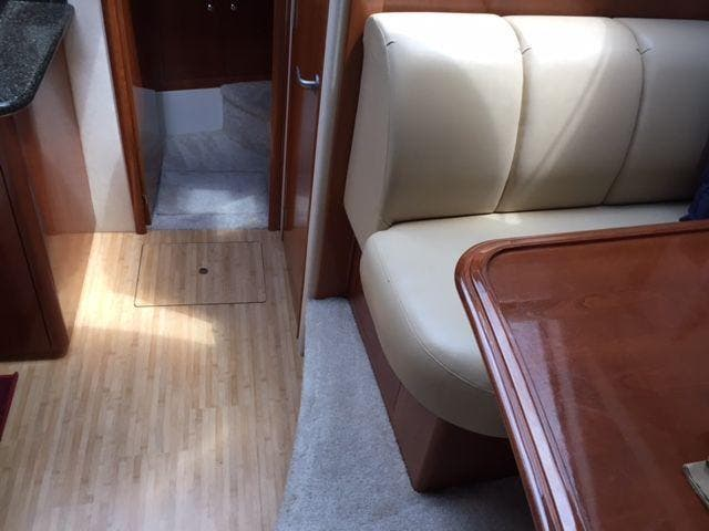 2006 Carver boat for sale, model of the boat is 43MY & Image # 23 of 35