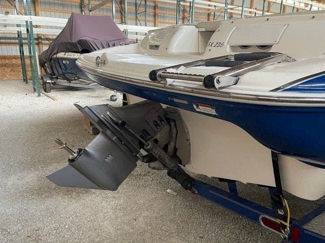 2006 Glastron boat for sale, model of the boat is 235GX & Image # 10 of 10