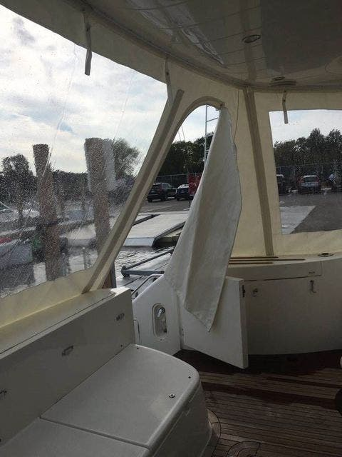 2006 Princess Yachts boat for sale, model of the boat is 61 FLYBRIDGE & Image # 10 of 70