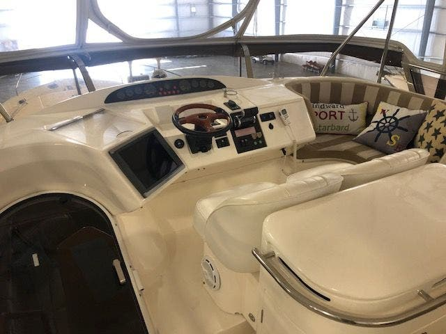 2006 Princess Yachts boat for sale, model of the boat is 61 FLYBRIDGE & Image # 22 of 70